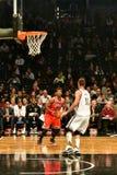Netze gegen Stier-Basketball in Barclays-Center stockbild