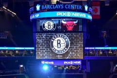 Netze gegen Stier-Basketball in Barclays-Center lizenzfreie stockfotografie