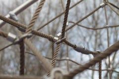 Netznahaufnahme von Seilen und von Knoten Lizenzfreies Stockfoto