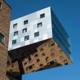 Neubau in Berlin mit Stahlfassade Stockfotos