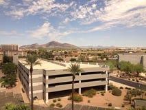 Neubau in der Phoenix-Wüste Stockbilder
