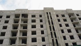 Neubau, ohne Fenster stock video footage
