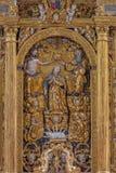 Neuber un der Murz - l'incoronazione policroma scolpita di vergine Maria sull'altare principale barrocco in anticipo dei DOM Fotografia Stock Libera da Diritti