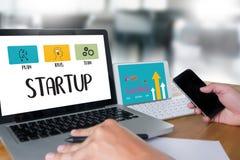 Neue Anfang-Startlösung für Ziele beginnen Ihr Lebenleben Stockfotos