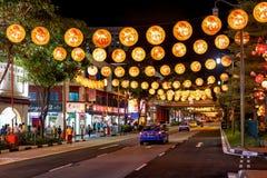 Neue Brücken-Straße in Singapur Chinatown verziert für neues Jahr Lizenzfreies Stockfoto