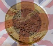 Neue Briten eine Pfund-Münze gemischt mit Union Jack B Lizenzfreie Stockfotografie