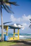 Neue Bushaltestelle auf Hauptstraße Sally Peachie Corn Island Nicaragua-Cer Lizenzfreie Stockfotos