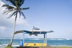 Neue Bushaltestelle auf Hauptstraße Sally Peachie Corn Island Nicaragua-Cer Lizenzfreies Stockbild