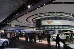 Neue Cadillac-Fahrzeuge 2018 auf Anzeige an der nordamerikanischen internationalen Automobilausstellung stockfotografie