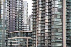 Neue Eigentumswohnungen Torontos Stockbilder