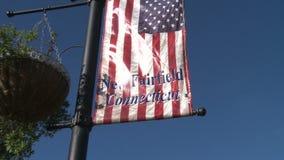 Neue Fairfield-Willkommensflagge (1 von 2) stock footage