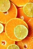 Neue geschnittene orange Fruchtbeschaffenheit Makro, Draufsicht, Kopienraum Dieses ist Datei des Formats EPS8 Saftige Orangen und Stockfotografie