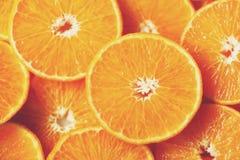 Neue geschnittene orange Fruchtbeschaffenheit Makro, Draufsicht, Kopienraum Dieses ist Datei des Formats EPS8 Saftiger Orangenhin Stockfoto