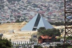 Neue Glaspyramidenu-bahnstation in Baku Lizenzfreie Stockfotos