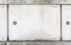 Neue Gräber in einem Kirchhof lizenzfreie stockfotografie
