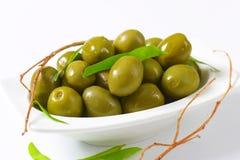 Neue grüne Oliven Lizenzfreies Stockfoto