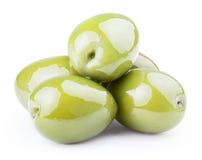 Neue grüne Oliven Stockbild