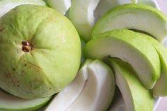Neue Guavenscheiben Lizenzfreie Stockbilder