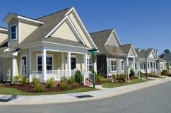 Neue Häuschen für Verkauf Stockfotografie