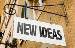 Neue Ideen unterzeichnen herein ein Begriffsbild Lizenzfreie Stockbilder
