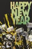 Neue Jahre Ausblasen lizenzfreie stockbilder