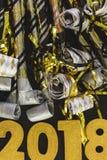 Neue Jahre Ausblasen lizenzfreie stockfotos