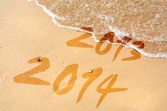 Neue Jahreszeit auf dem Strand Stockbild