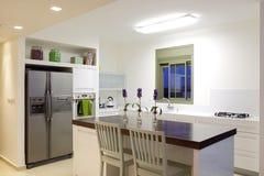 Neue Küche in einem modernen Haus Stockfoto