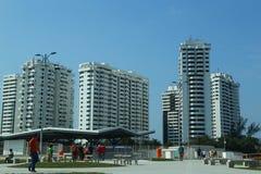 Neue moderne Gebäude in Barra de Tijuca-Nachbarschaft in Rio de Janeiro, Brasilien Stockfoto