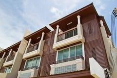 Neue moderne Wohnungen Stockbilder
