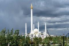Neue Moschee in der Hauptstadt von Kasachstan, Astana stockfotos
