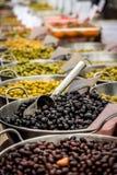 Neue Oliven Stockbilder