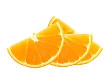 Neue orange Scheiben lokalisiert auf Weiß Lizenzfreies Stockfoto