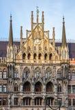 Neue Rathaus bei Marienplatz in M?nchen, Bayern, Deutschland stockbilder