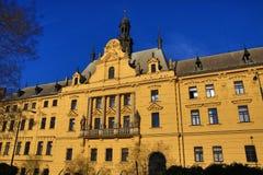 Neue Rathaus (Tscheche: Novom?stská-radnice), Altbauten, neue Stadt, Prag, Tschechische Republik Lizenzfreies Stockbild