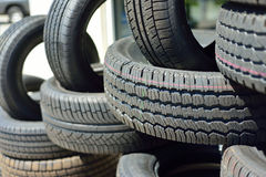 Neue Reifen Stockfotos