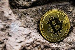 Neue Schlüsselwährungs-, bitcoin- und Computergebühr finanzieren Karte Stockbilder
