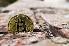 Neue Schlüsselwährungs-, bitcoin- und Computergebühr finanzieren Karte Stockfotos