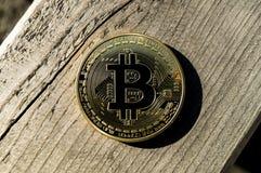 Neue Schlüsselwährungs-, bitcoin- und Computergebührenfinanzierung Lizenzfreie Stockfotos