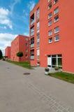 Neue städtische Apartmenthäuser Stockbilder