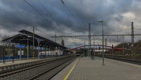 Neue Station nach Rekonstruktion in der Karlovy Vary-Badekurortstadt stockfotografie