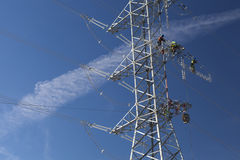Neue Stromleitung Stockbild
