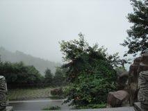 Neue Szene am chinesischen Berg stockfotos