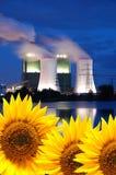 Neue und alte Energie Stockfotografie