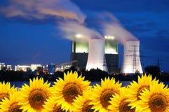 Neue und alte Energie Lizenzfreies Stockbild