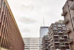 Neue und alte Häuser in Berlin Lizenzfreie Stockfotos