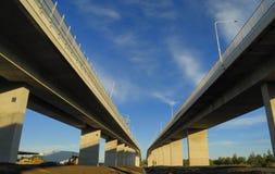 Neue und alte Kommunikationsrechner-Brücke Lizenzfreie Stockfotografie
