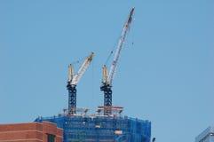 Neue World Trade Center-Anstiege lizenzfreie stockfotos