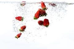 Neuer Erdbeere-Hintergrund lizenzfreie stockbilder