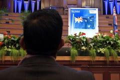 Neuer Immigrant während der Neuseeland-Staatsbürgerschafts-Zeremonie Stockfotos